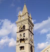 Catedral de Messina (segles XII-XIII). Campanar i rellotge astronòmic. Messina, Sicília, Itàlia. Raga/Iberfoto. Photoaisa.