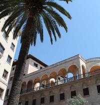 Palacio March (1940-45). Façade of the street Conquistador. Palma. IRU, SL.