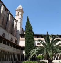 Klaustro gotikoa. Sant Francesc komentua. Palma. IRU, S.L.