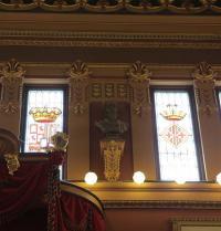 Busto de Ramon Llull na sala de plenos do Concello de Palma. IRU, S.L.